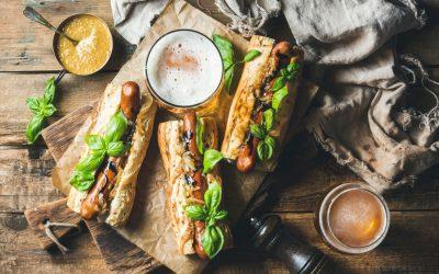 Hotdogs mit Bier und Senf - Senf kaufen